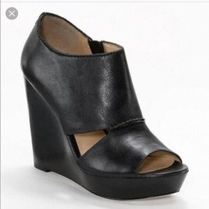 COACH Black Jaelyn Wedges SZ 6.5